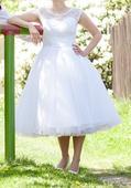 Retro puntíkaté svatební šaty, 38