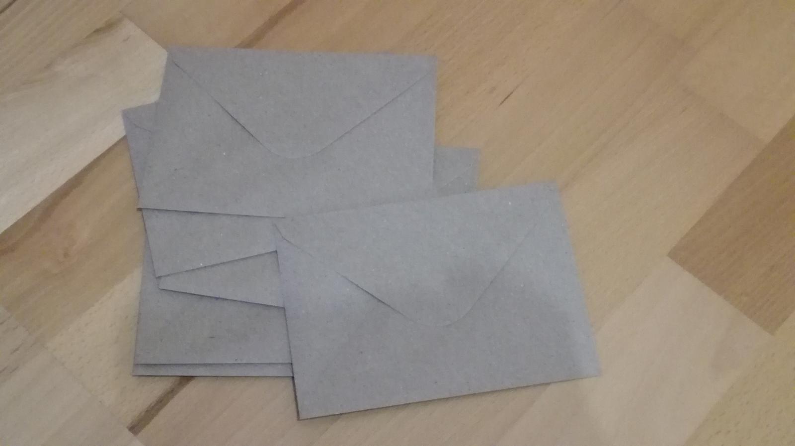 Hnedé obálky - Obrázok č. 1