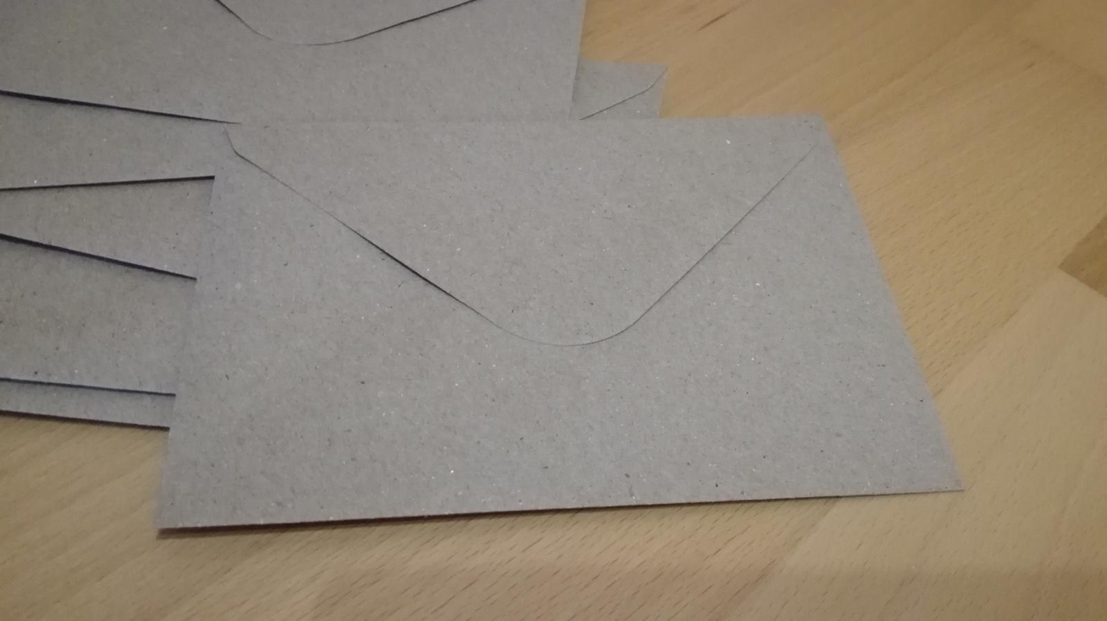 Hnedé obálky - Obrázok č. 2