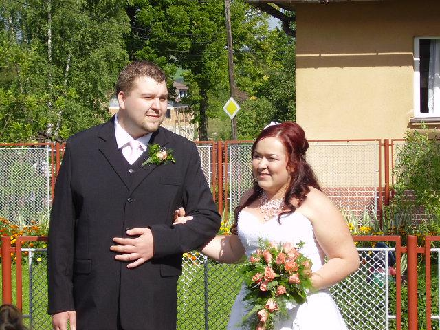 Peťka{{_AND_}}Maťko Vavříci - ...a ide sa do kostolaaaa.....
