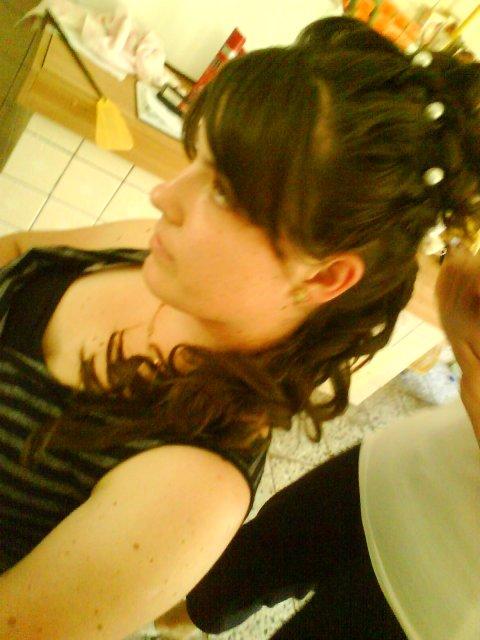 Monika+Marian = 12. 09.2009 - nebudem mať čelenku, len perličky