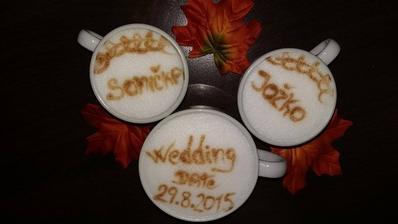 save the date v podaní našej kamarátky :-) aj takto sa dá všetkým dať na známosť že tento deň bude ten náš :-)