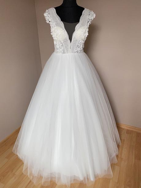 Nové nězné svatební šaty v barvě šampaň - Obrázek č. 1