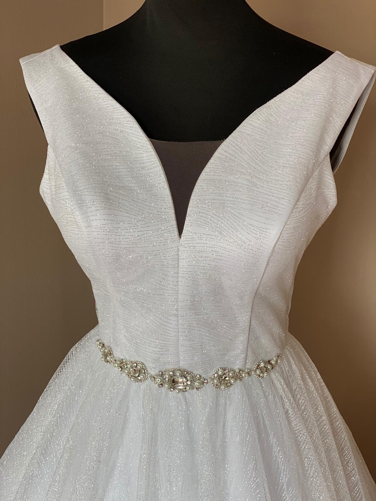 Bílé svatební šaty,nové - Obrázek č. 1
