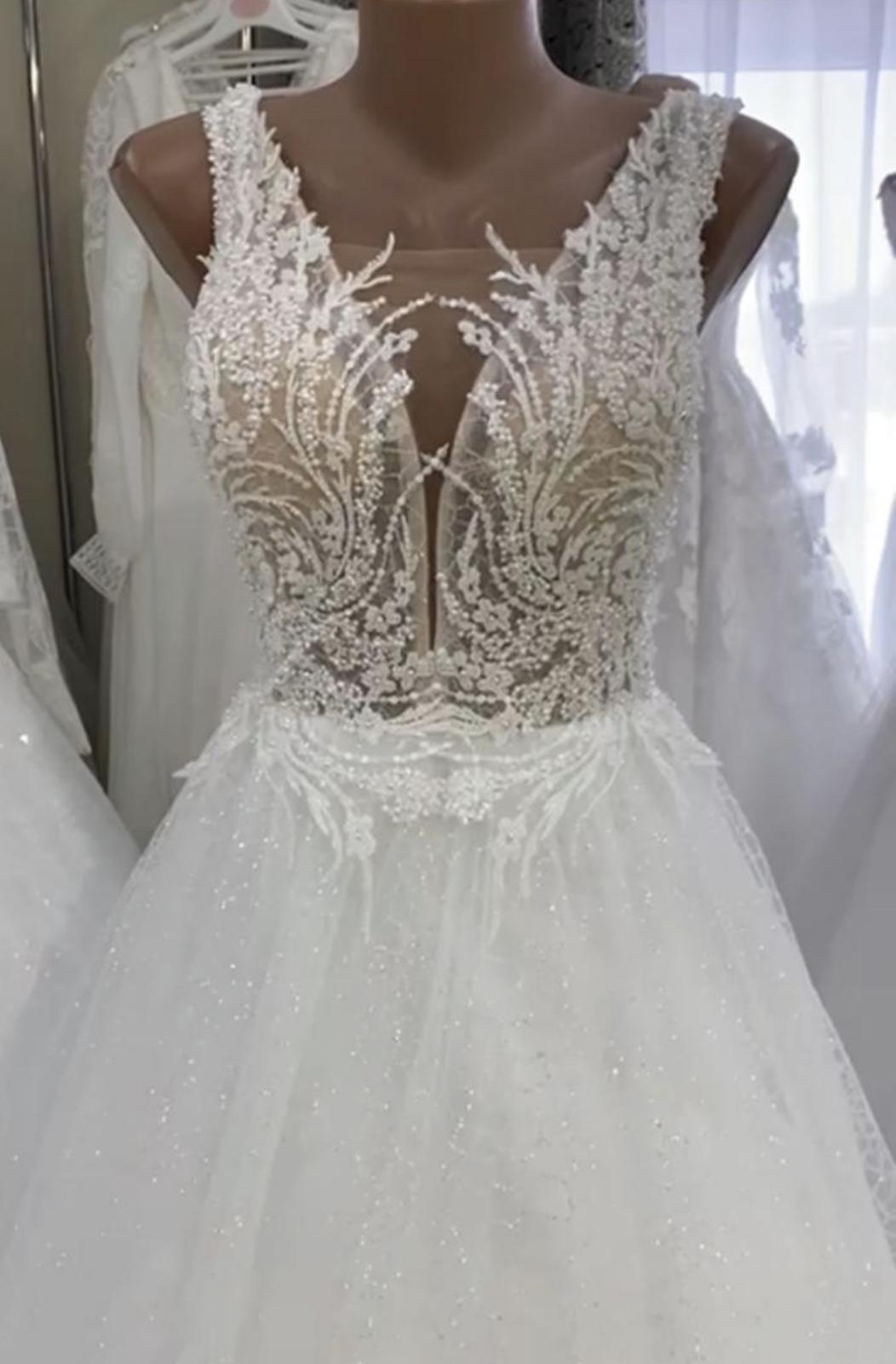 Nádherné svatební šaty nové ( dovoz ) - Obrázek č. 1
