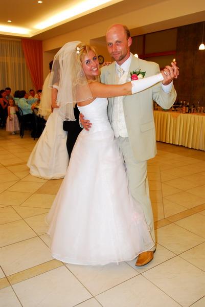 Ria{{_AND_}}Maroš Ovčarikovci - Prvý manželský tanec