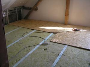 zateplení podlahy a OSB desky
