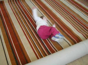 takový koberec máme v ložnici