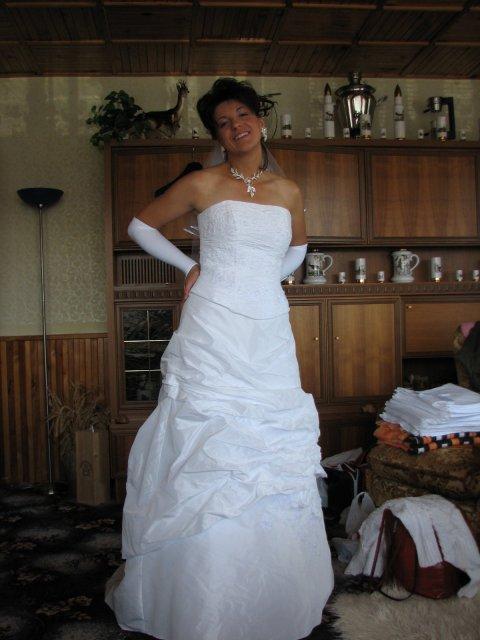 Monika + Patrik - 7.7.2007 - Ty jsem si oblékla.