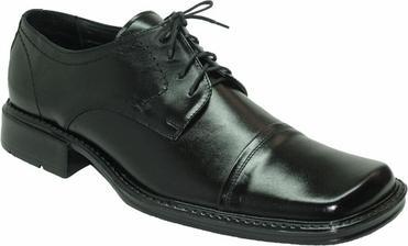 Ještě vybrat boty. Tyto?