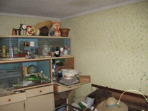 zadní pokoj, co zaplnila babička
