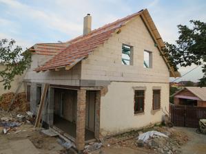 Dům bude asi nakonec docela velký, nevím, kdo to bude uklízet...