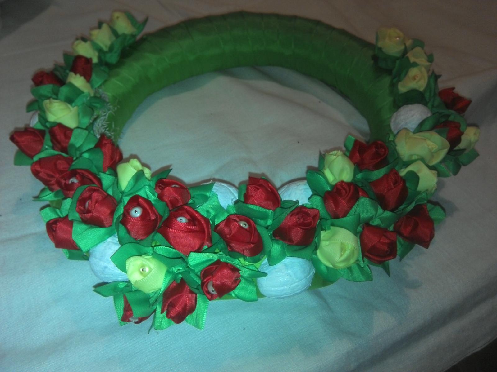 Dekoracia na stol na dvere, čelenka, aj svadobne pierka, kytice - Obrázok č. 3