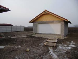 + garáž
