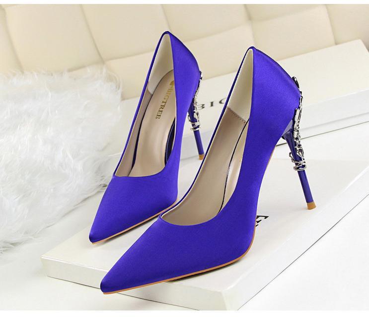 Spoločenské lodičky, obuv - 6 veľkostí, 13 farieb - Obrázok č. 1
