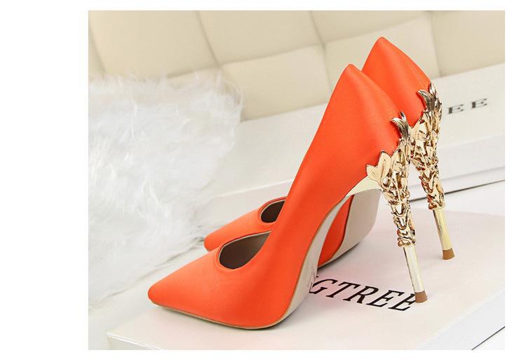 Spoločenské lodičky, obuv - 6 veľkostí, 13 farieb - Obrázok č. 2