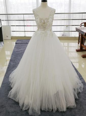 Kvalitné svadobné šaty PC 350 - Obrázok č. 1