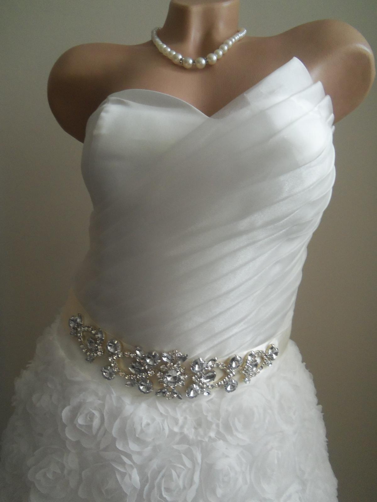 Svadobné šaty EU36-42-regulácia+možnosť rozšírenia - Obrázok č. 4