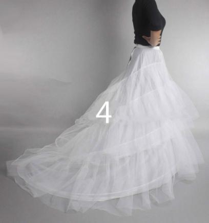 Spodnička pod šaty s vlečkou - Obrázok č. 3