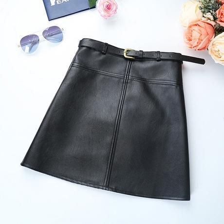 Dámska koženková sukňa S-M - Obrázok č. 1