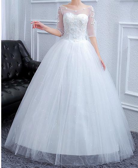 Svadobné šaty skladom - Obrázok č. 1
