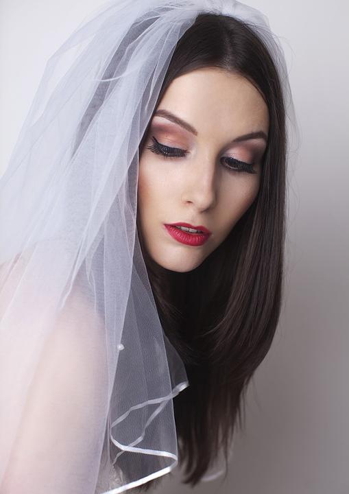 Svatební líčení a účesy IV. - Vaše svatební fotografka Eva Šafránková