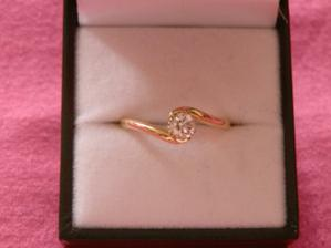 moj diamantik...tak nim sa to vsetko zacalo 16.2.2012 v Londyne...