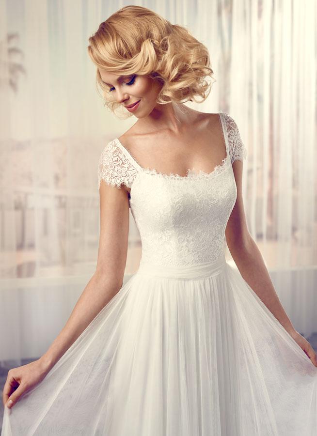 Svatební šaty Soft - Modeca - Obrázek č. 3