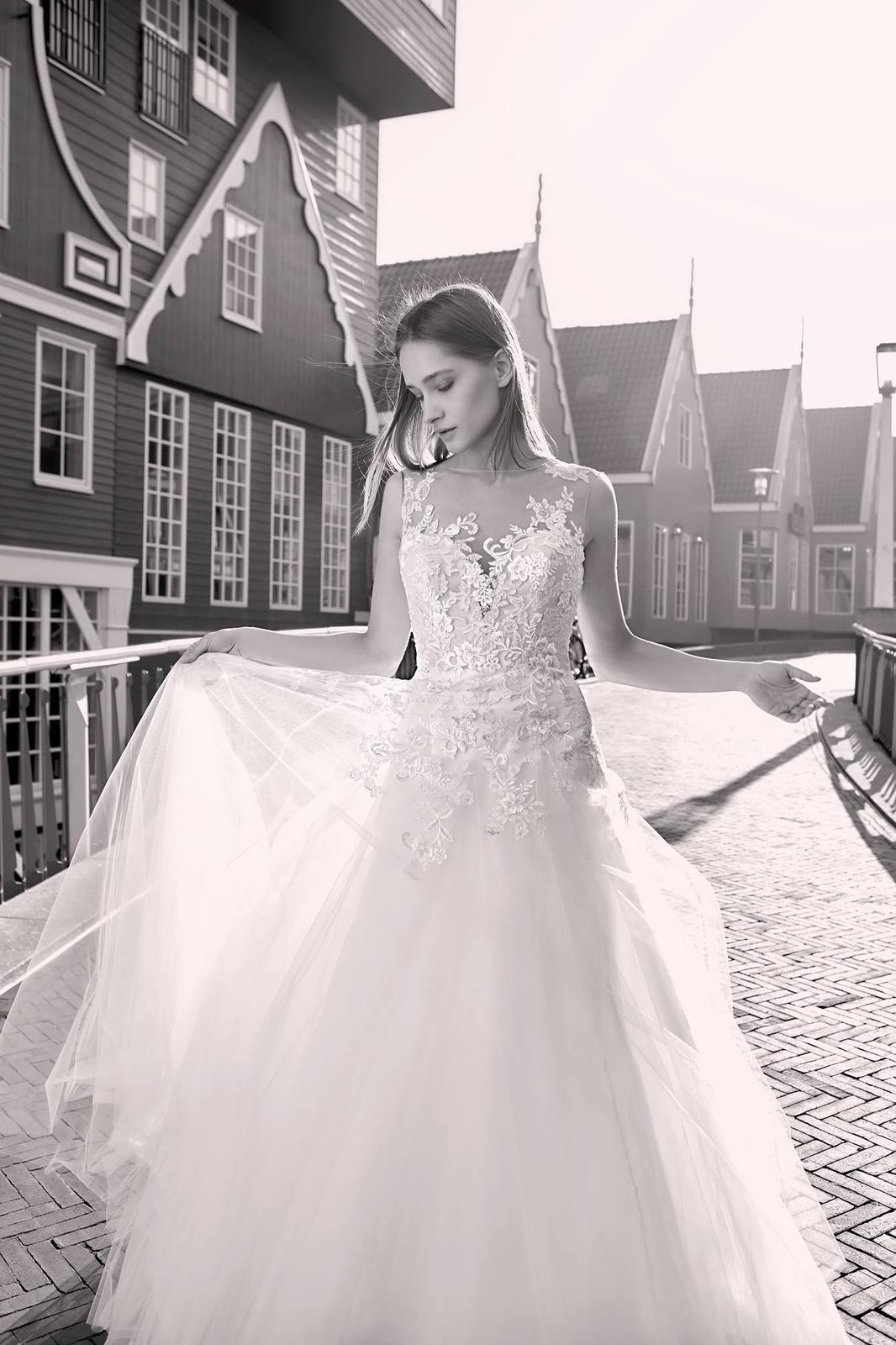Milé nevěsty, kolekce Modeca 2018 na Vás již čeká! - Obrázek č. 23