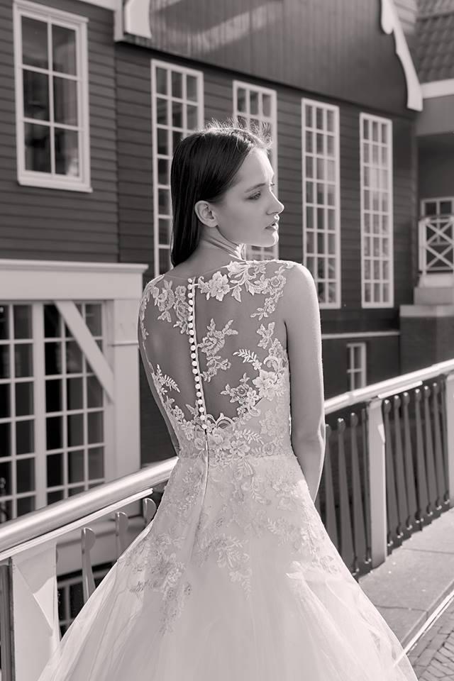 Milé nevěsty, kolekce Modeca 2018 na Vás již čeká! - Obrázek č. 24