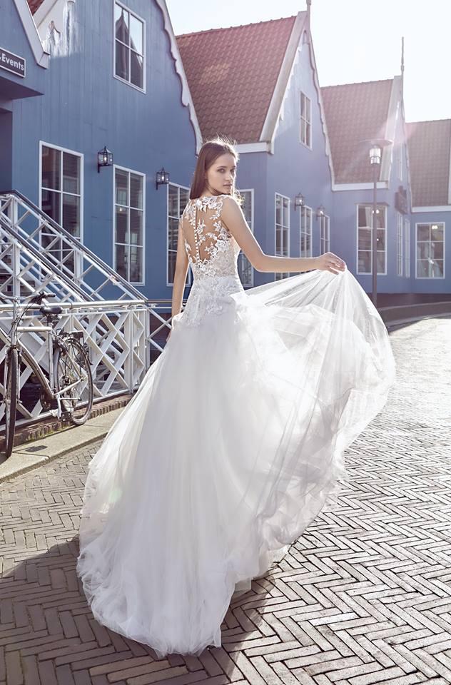 Milé nevěsty, kolekce Modeca 2018 na Vás již čeká! - Obrázek č. 25