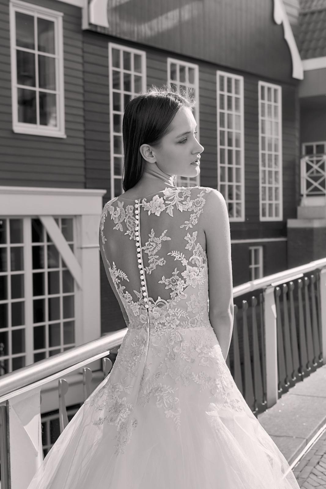 Milé nevěsty, kolekce Modeca 2018 na Vás již čeká! - Obrázek č. 27