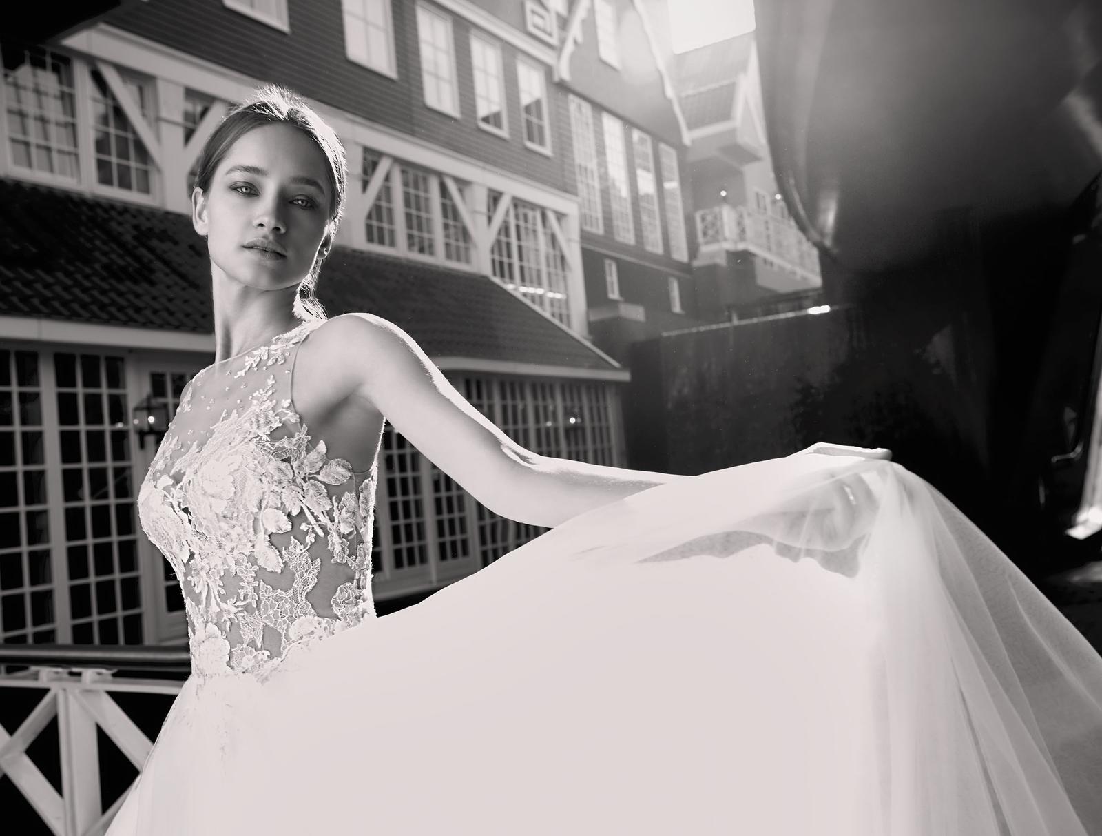 Milé nevěsty, kolekce Modeca 2018 na Vás již čeká! - Obrázek č. 32
