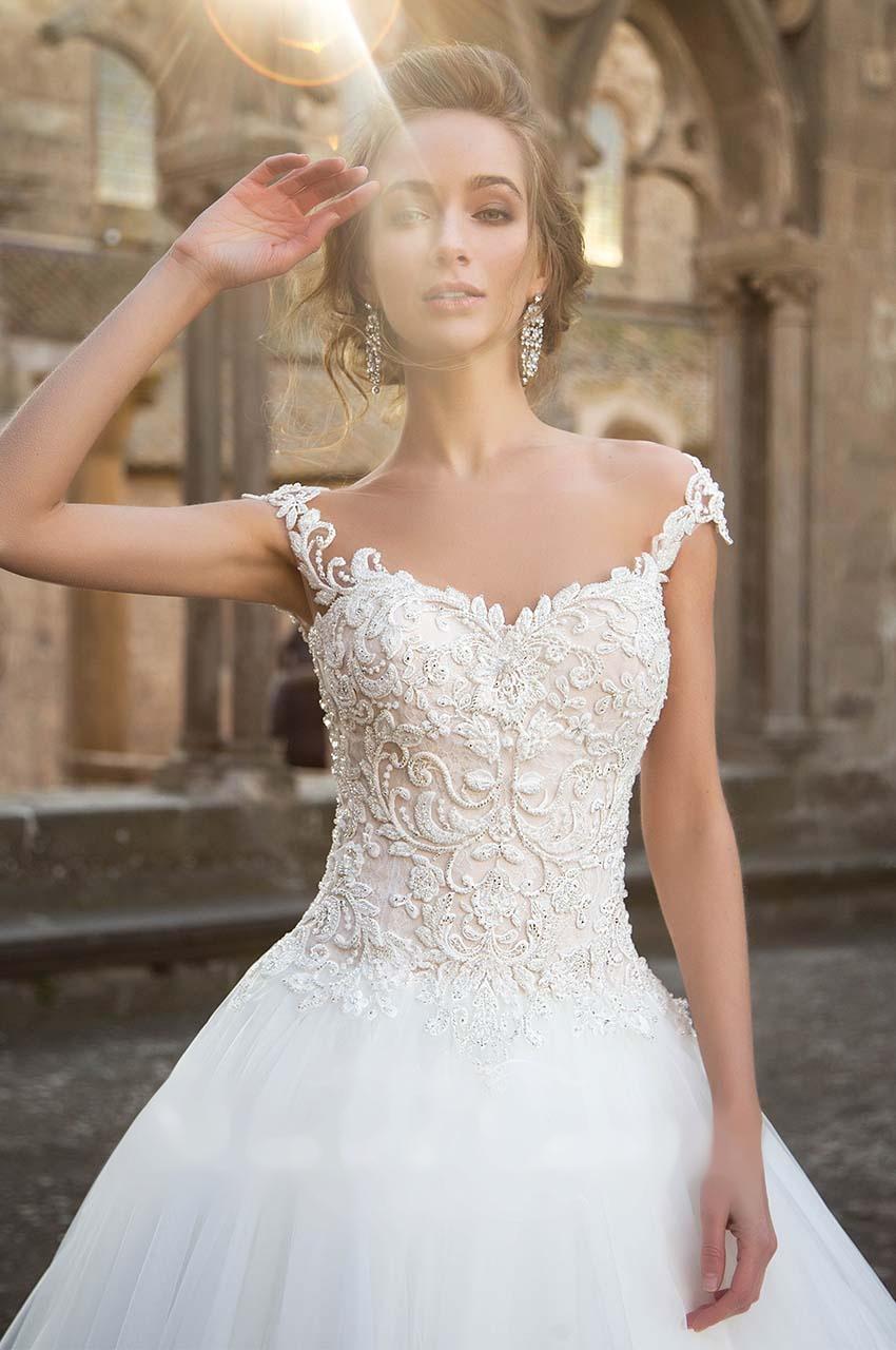 Sníte o sněhově bílých svatebních šatech? - Obrázek č. 4