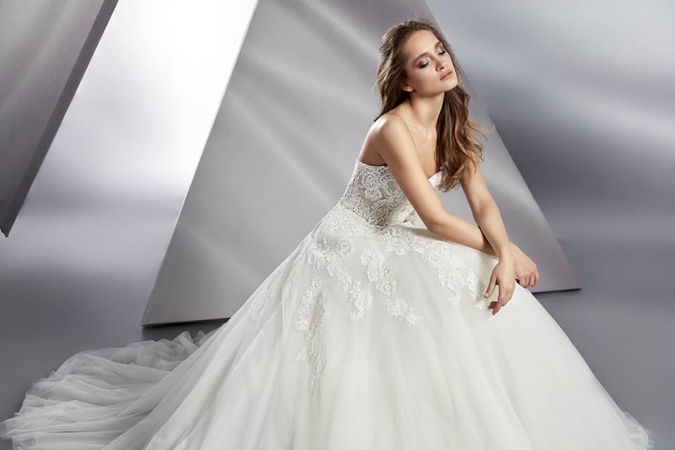 Svatební šaty Beluga - Obrázek č. 3