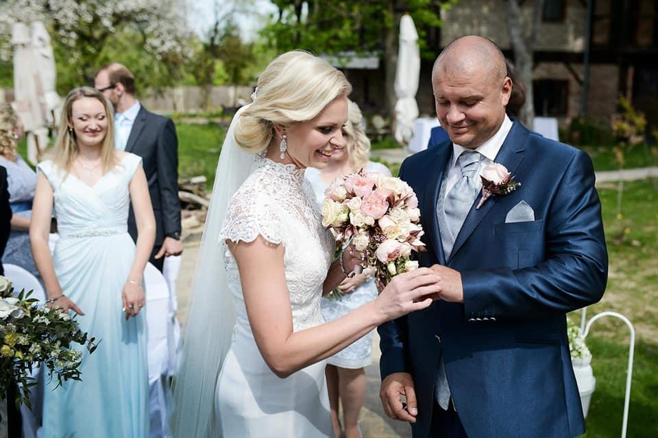 Když se vdává majitelka svatebního salónu :-) - Obrázek č. 3