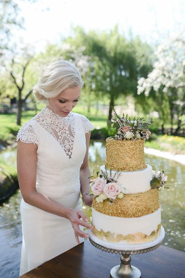 Když se vdává majitelka svatebního salónu :-) - Obrázek č. 6