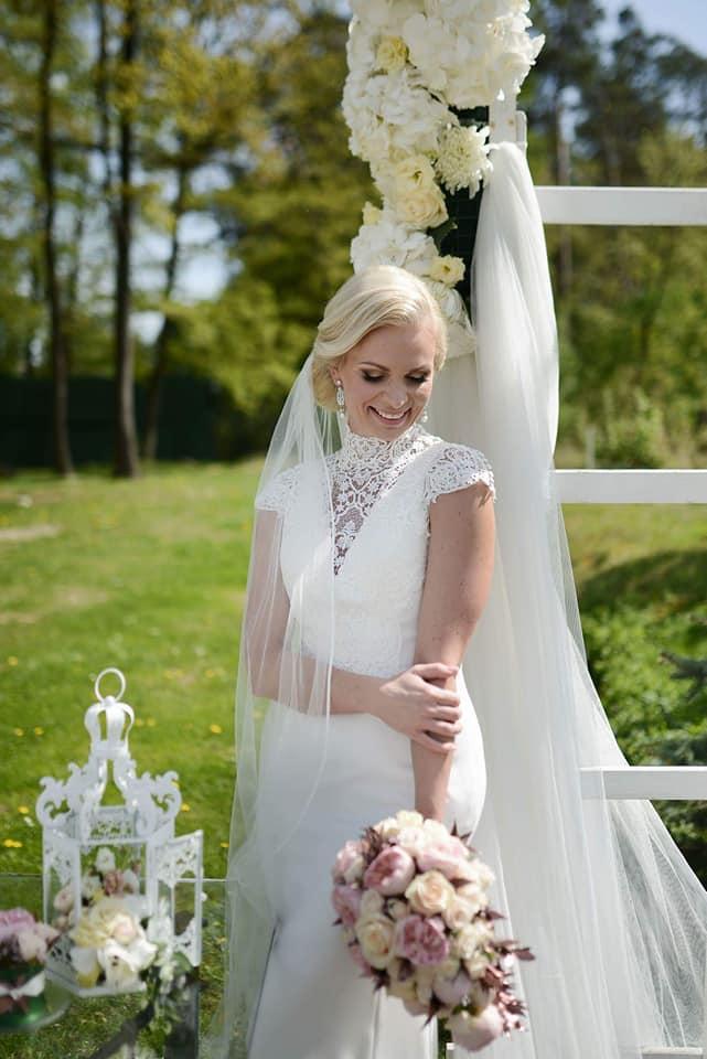 Když se vdává majitelka svatebního salónu :-) - Obrázek č. 7