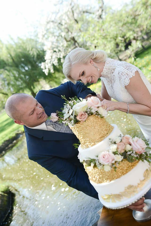 Když se vdává majitelka svatebního salónu :-) - Obrázek č. 8