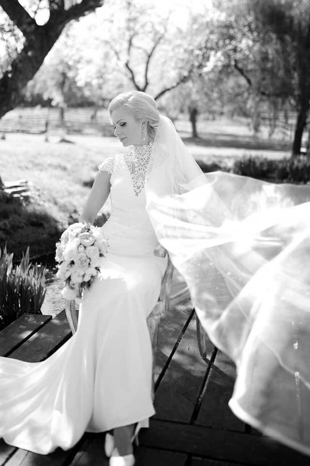 Když se vdává majitelka svatebního salónu :-) - Obrázek č. 11