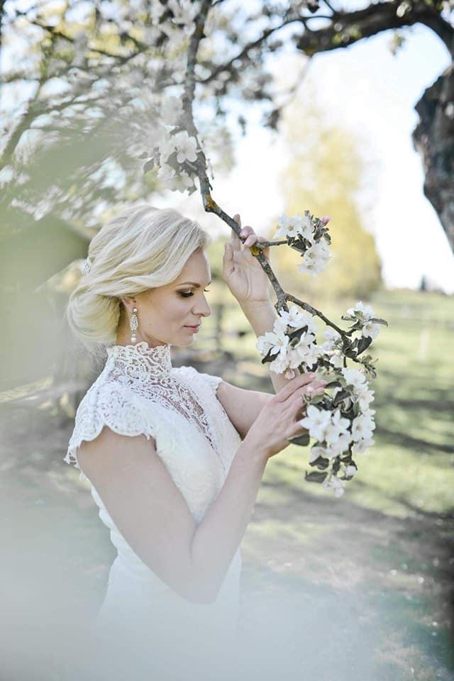 Když se vdává majitelka svatebního salónu :-) - Obrázek č. 13