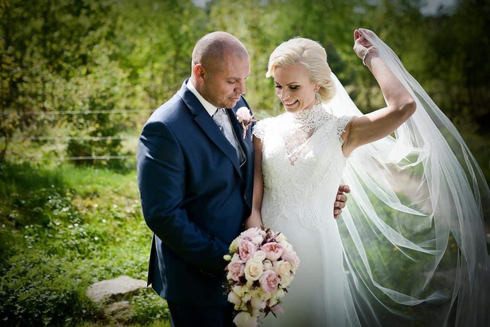 Když se vdává majitelka svatebního salónu :-) - Obrázek č. 20