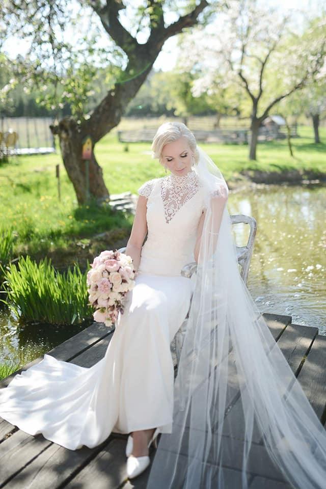 Když se vdává majitelka svatebního salónu :-) - Obrázek č. 21