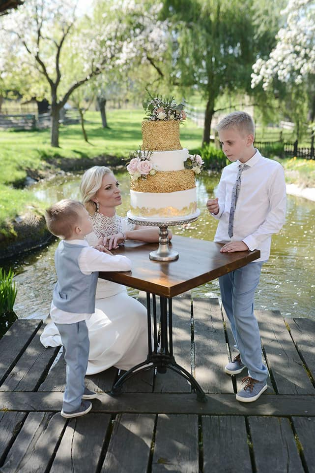 Když se vdává majitelka svatebního salónu :-) - Obrázek č. 26