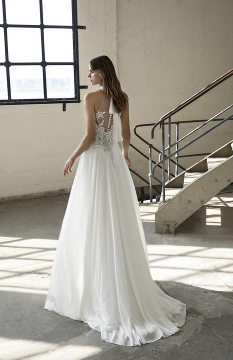 Velký výprodej svatebních šatů! - Model Elba - použité pouze na ... 68cb7c082e