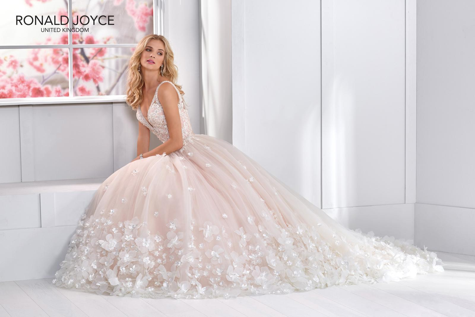 Romantická, elegantní, rebelka anebo bohémka? Jaký typ nevěsty jste vy? - Obrázek č. 1