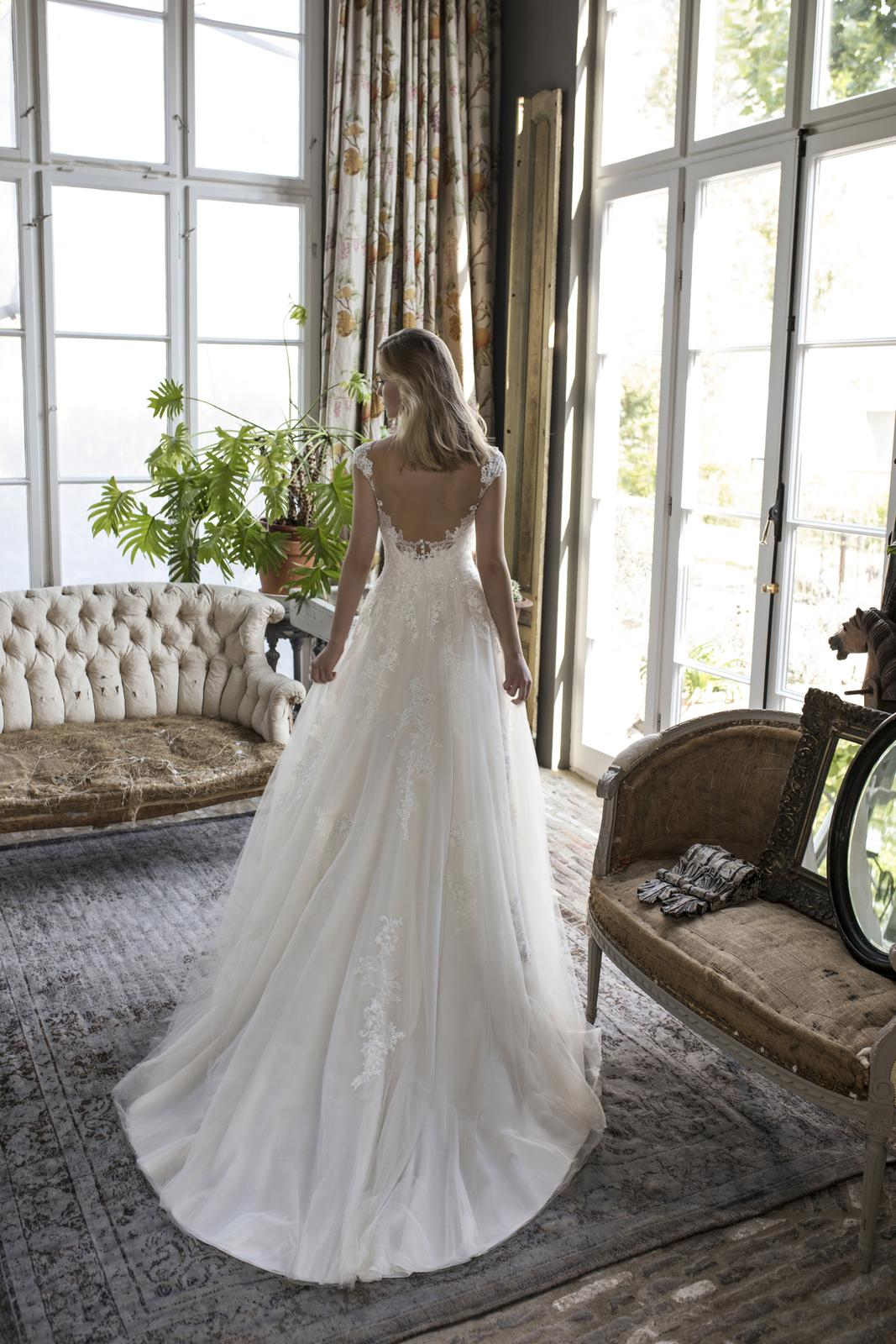 Romantická, elegantní, rebelka anebo bohémka? Jaký typ nevěsty jste vy? - Obrázek č. 16