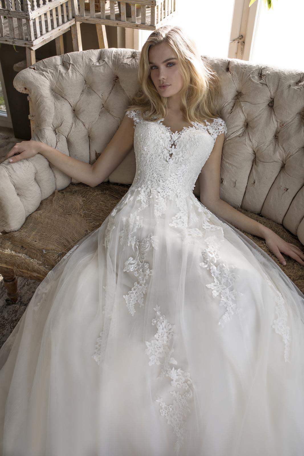 Romantická, elegantní, rebelka anebo bohémka? Jaký typ nevěsty jste vy? - Obrázek č. 17