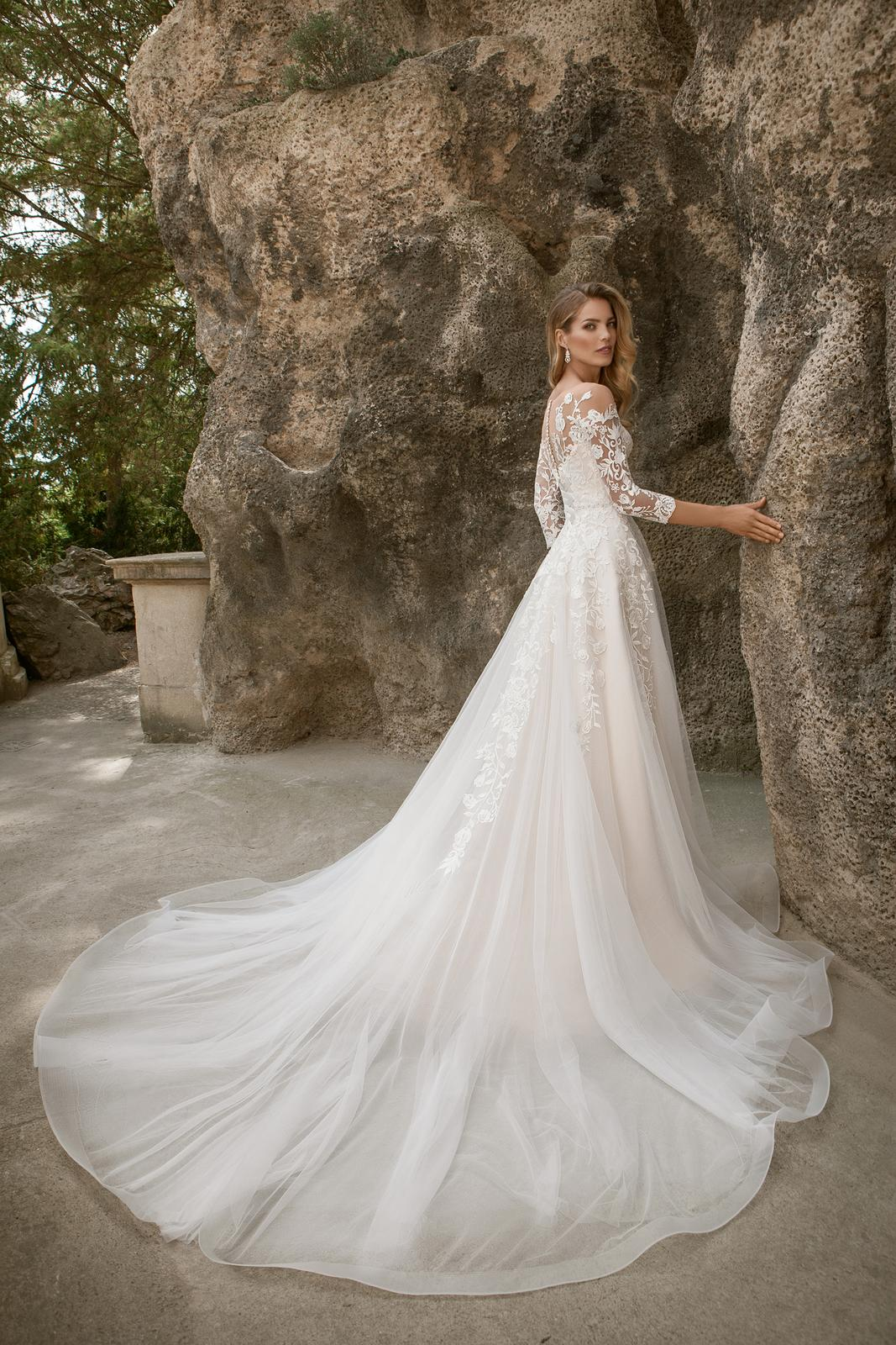 Nová kolekce romantických šatů u nás! - Obrázek č. 11
