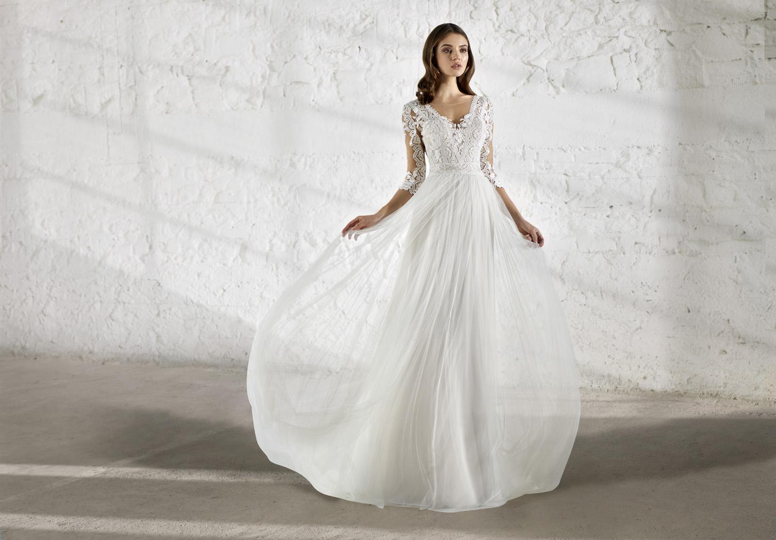 Svatební šaty s rukávy - Obrázek č. 5